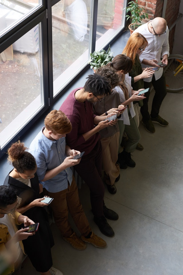 People texting